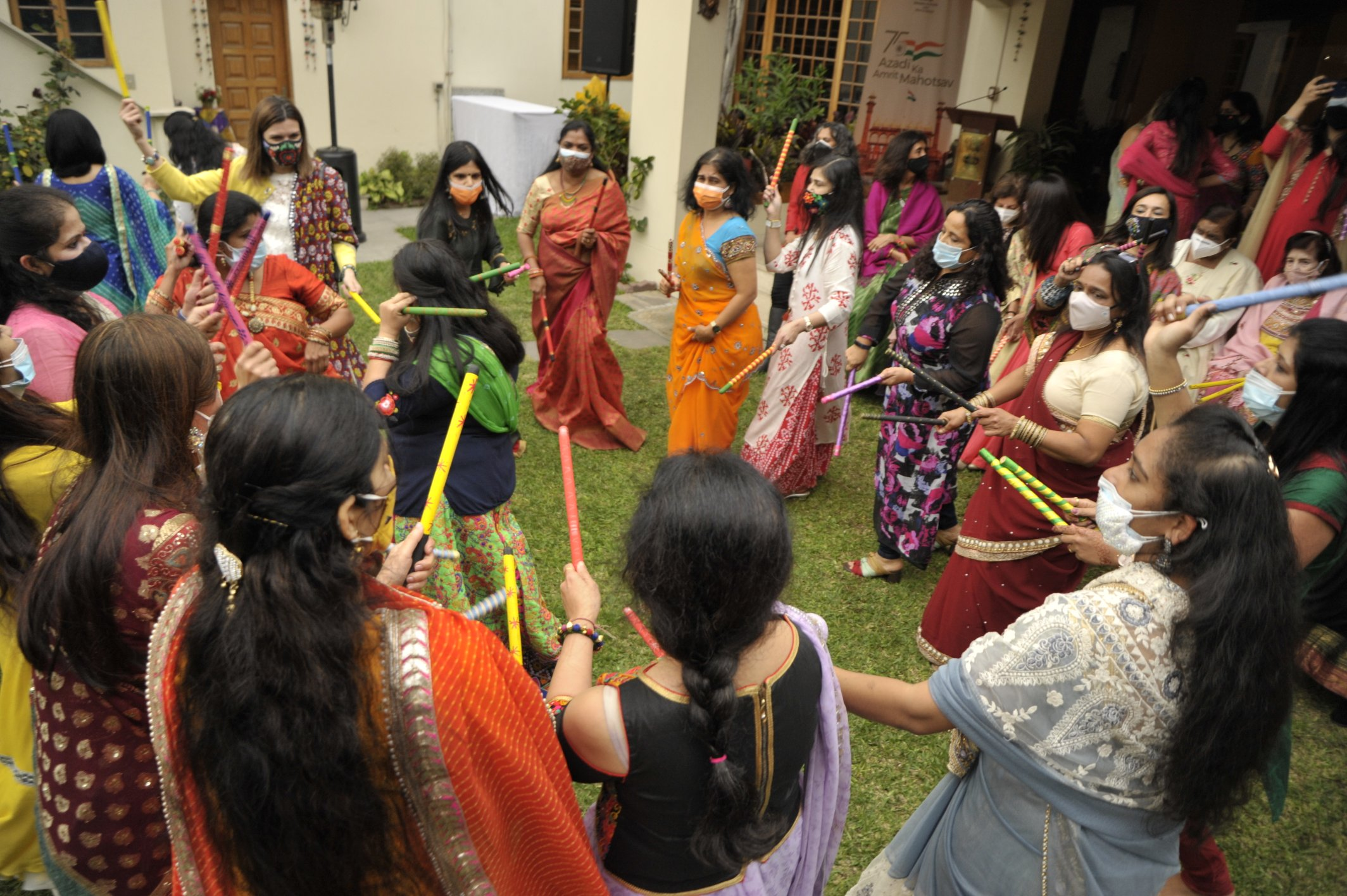'India: A Land of Festivals': Event organised by Embassy of India, Lima under #IndiaWeek